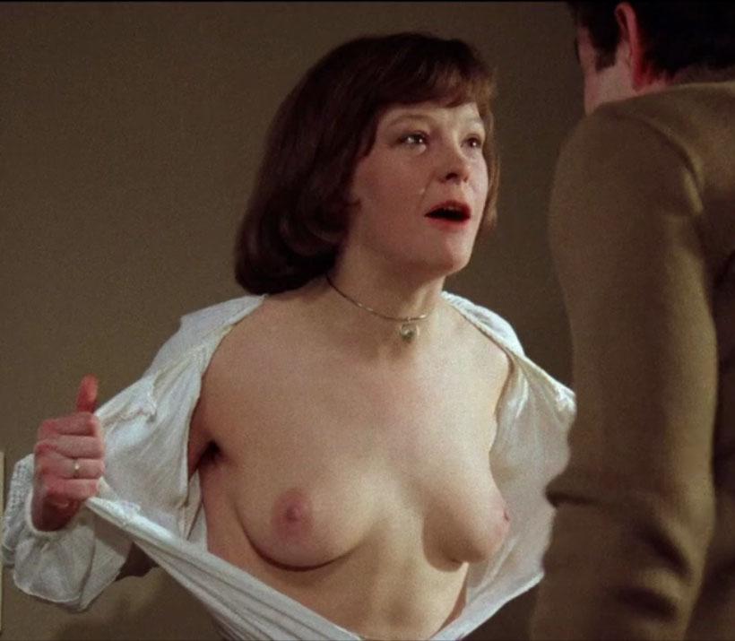 Катрин Засс голая. Фото - 9