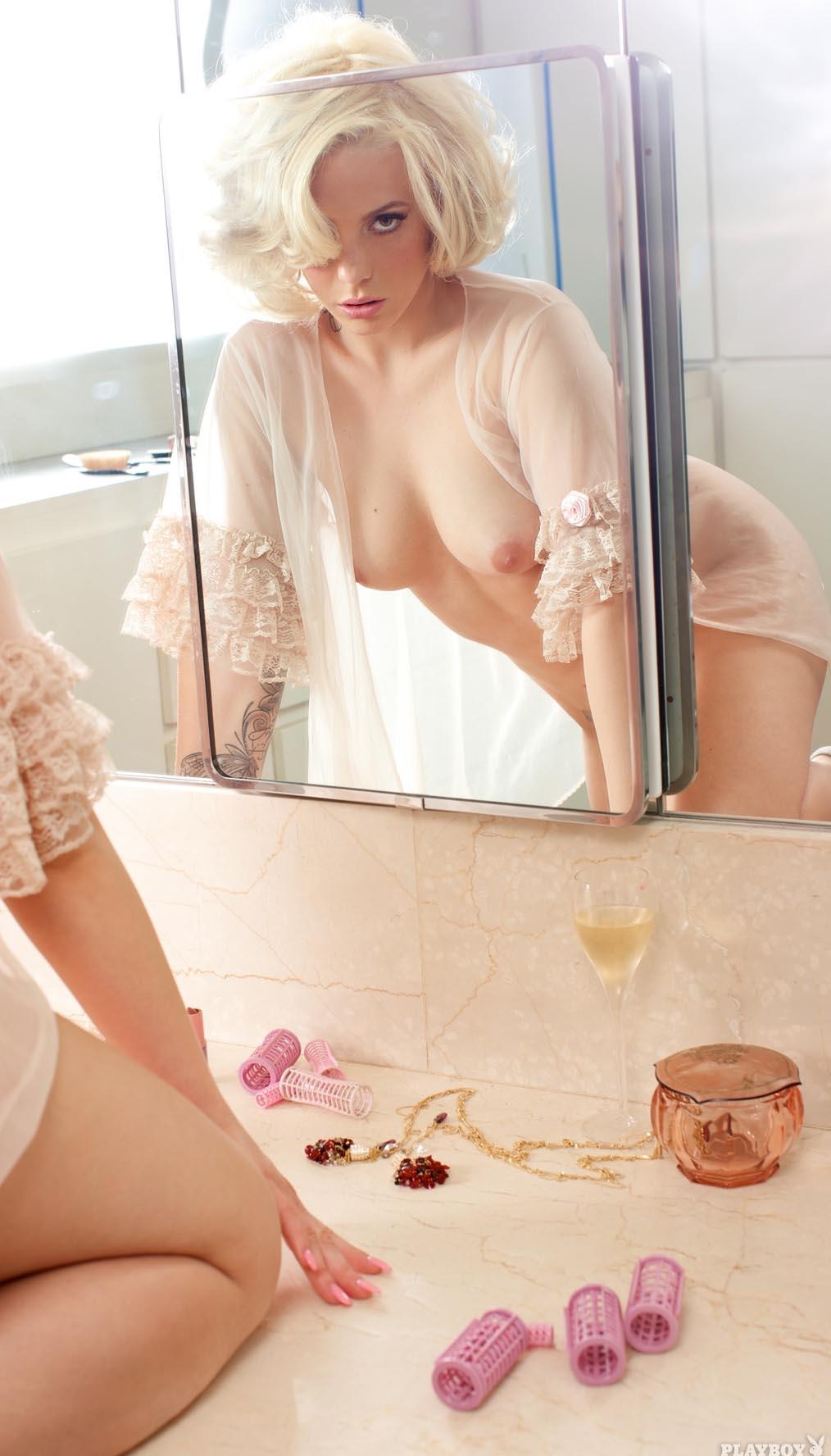 ЛаФи голая. Фото - 11