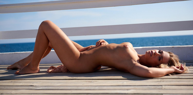 Лара-Изабель Рентинк голая. Фото - 26