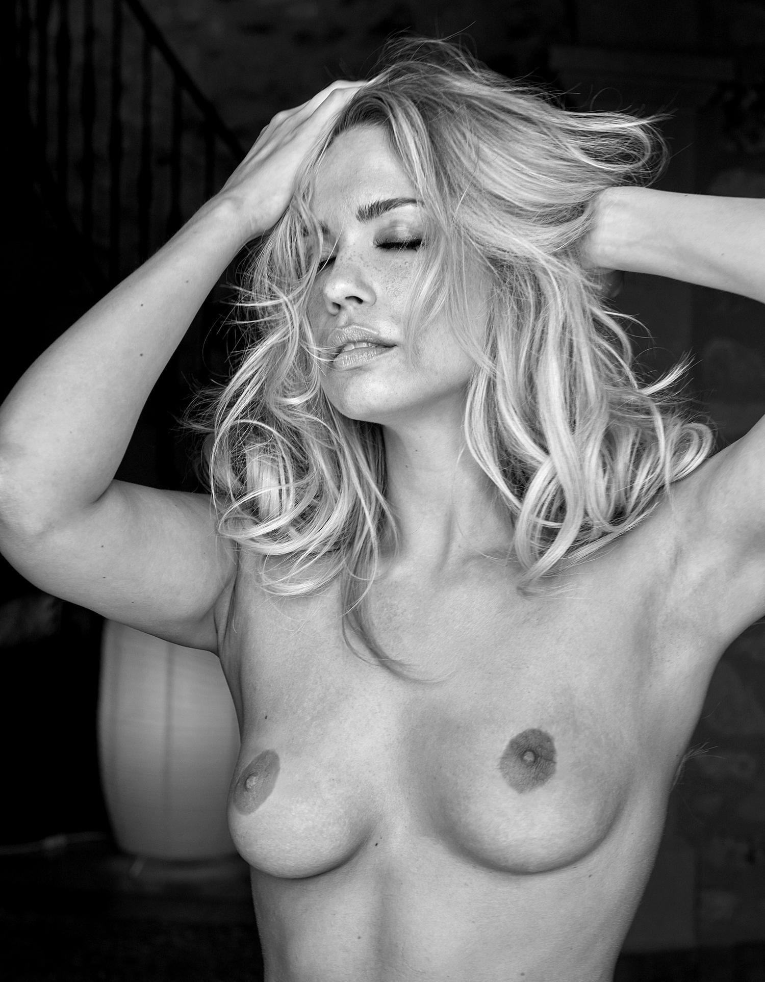 Лара-Изабель Рентинк голая. Фото - 36