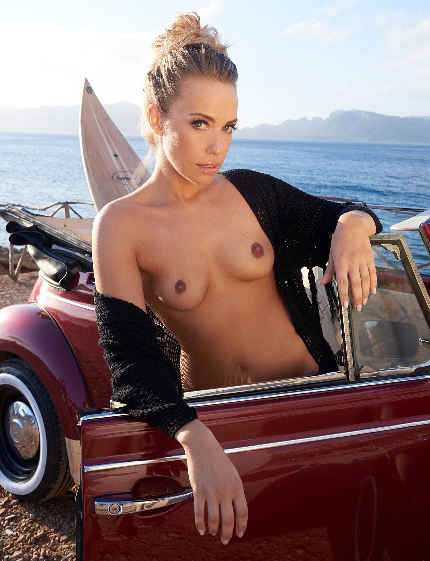 Лара-Изабель Рентинк голая. Фото - 37