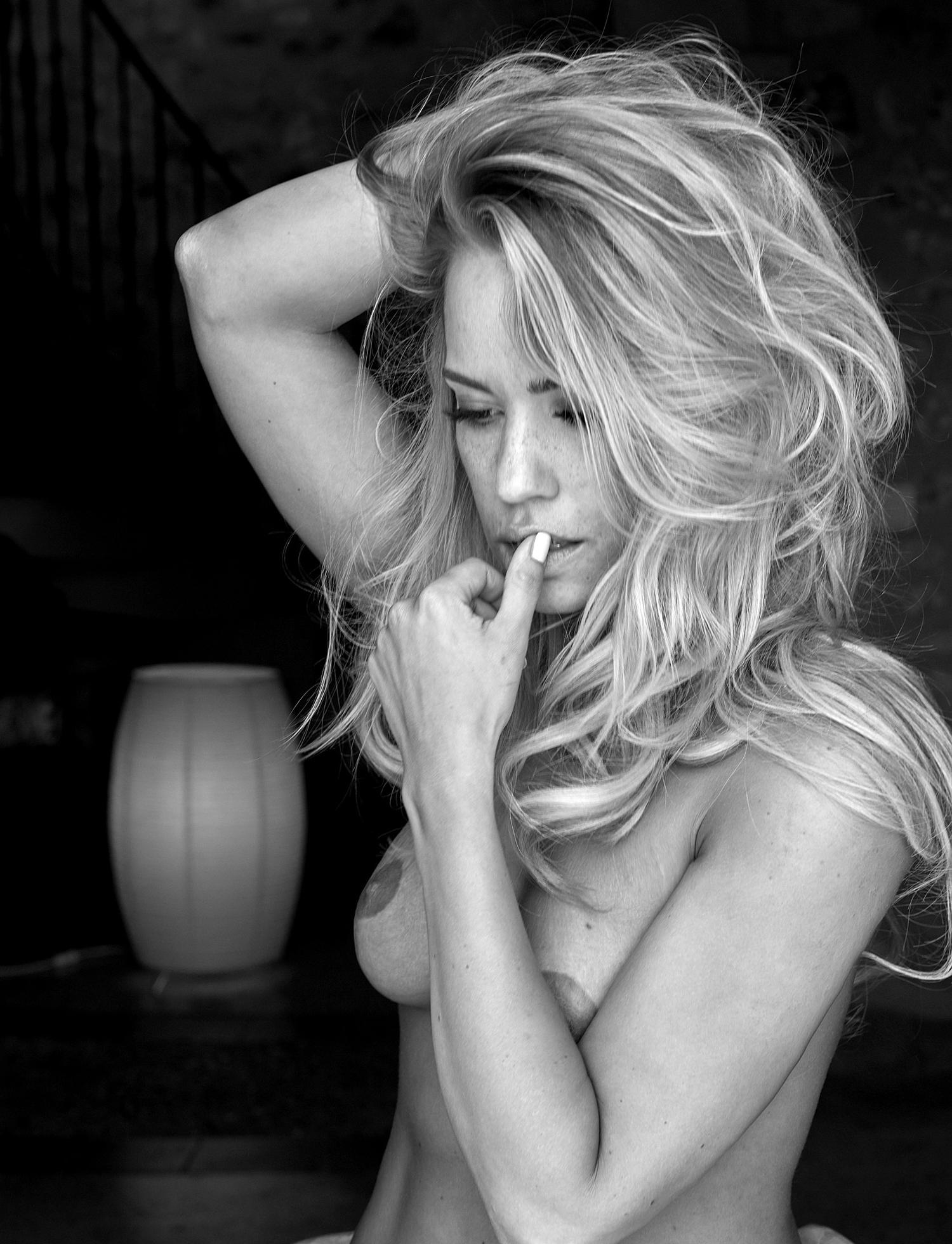 Лара-Изабель Рентинк голая. Фото - 38