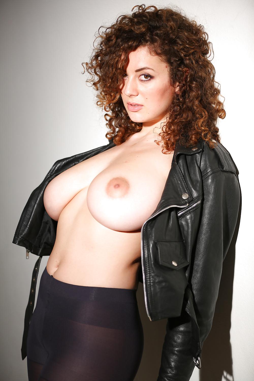 Лейла Лоуфаер голая. Фото - 7