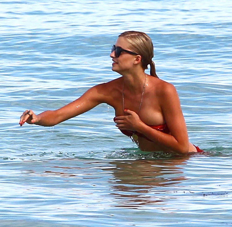 Лена Герке голая. Фото - 1