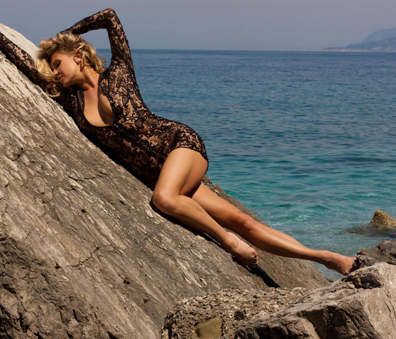 Магдалена Бжеска голая. Фото - 34