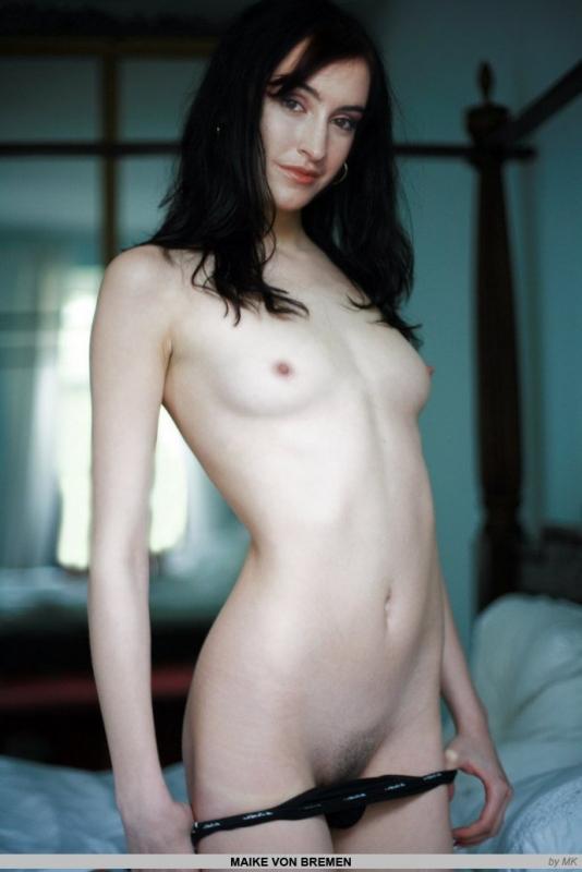 Майке фон Бремен голая. Фото - 20