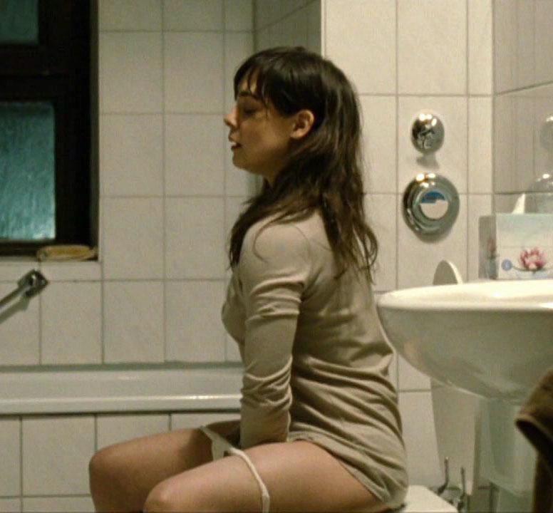Майя Шёне голая. Фото - 6