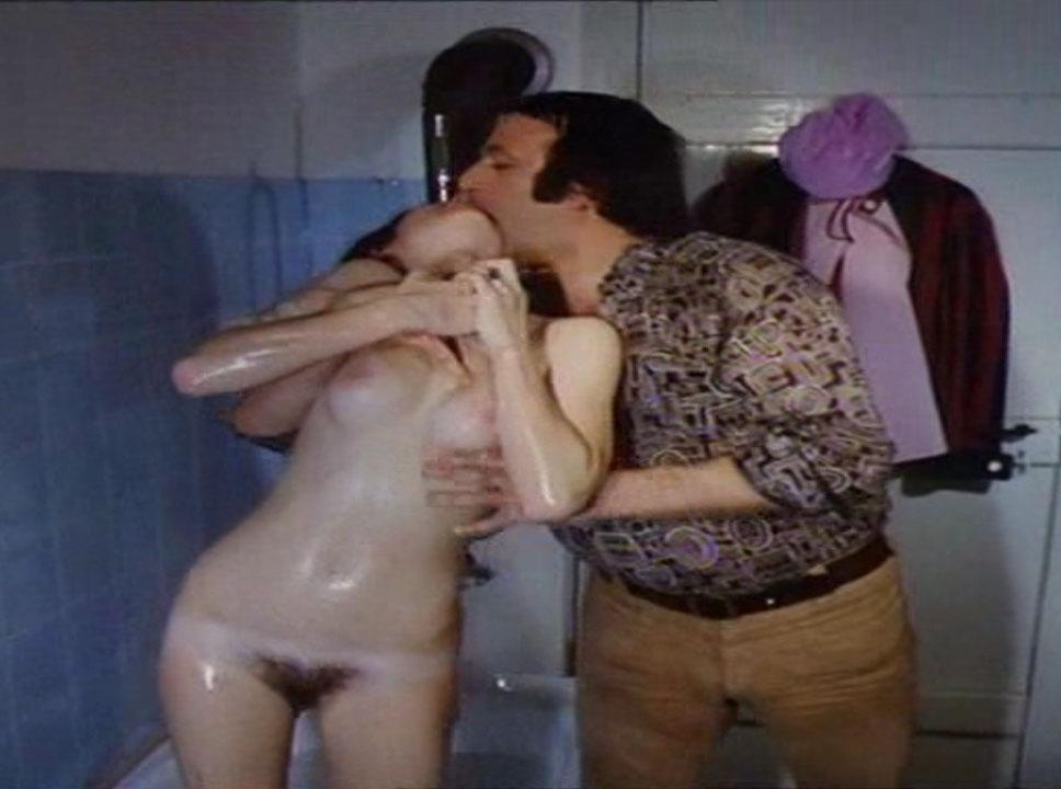 Мануэла Видман голая. Фото - 12