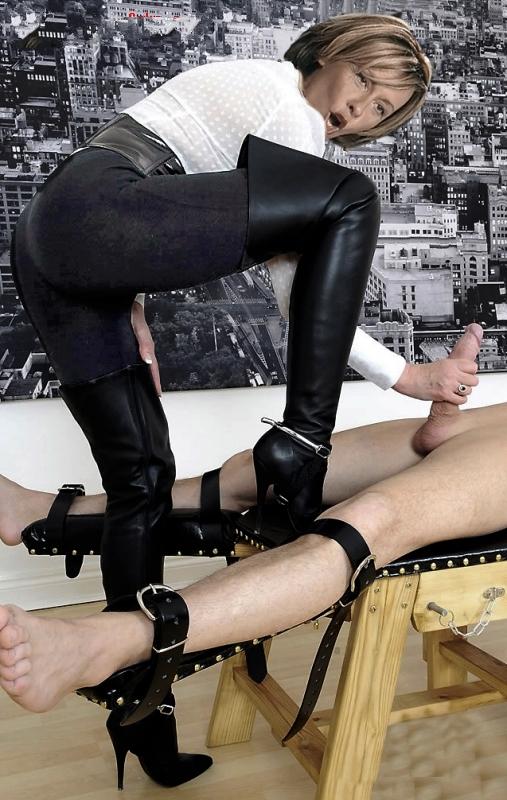 Маргарете Шрайнемакерс голая. Фото - 23