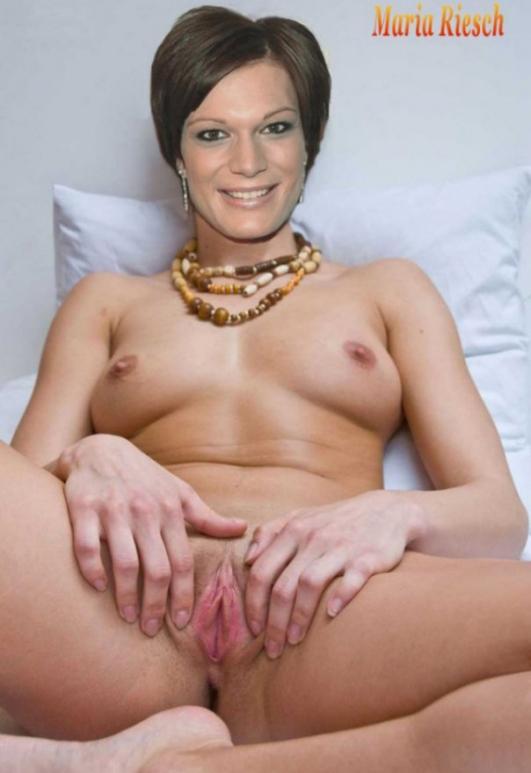Мария Хёфль-Риш голая. Фото - 12