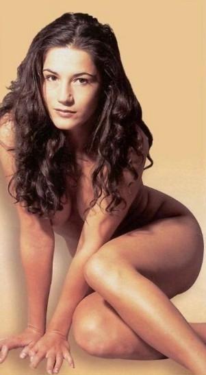 Мариэлла Аренс голая. Фото - 1