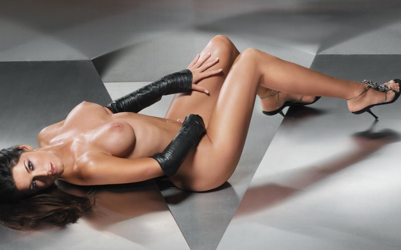 Мариэлла Аренс голая. Фото - 39