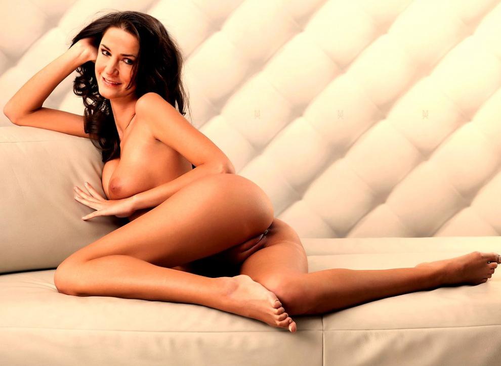 Мариэлла Аренс голая. Фото - 48