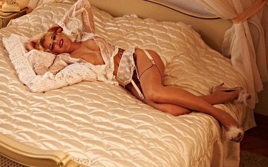 Мелани Мюллер голая. Фото - 3