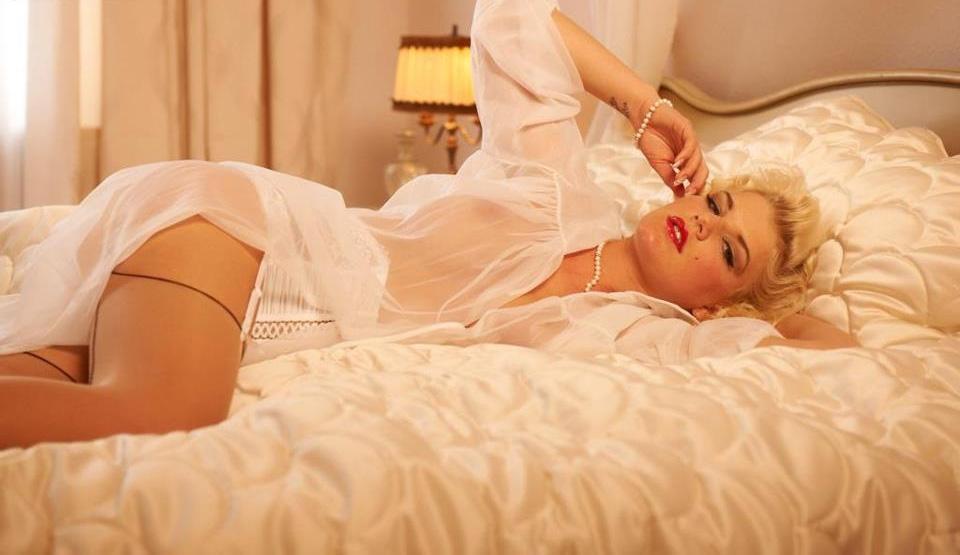 Мелани Мюллер голая. Фото - 4