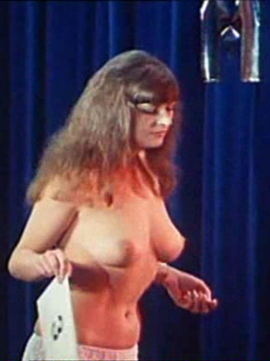 Мелитта Тегелер голая. Фото - 22