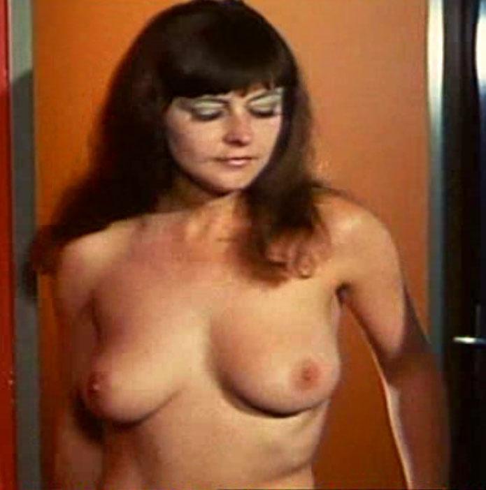 Мелитта Тегелер голая. Фото - 5