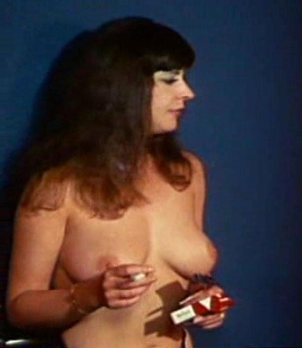 Мелитта Тегелер голая. Фото - 9