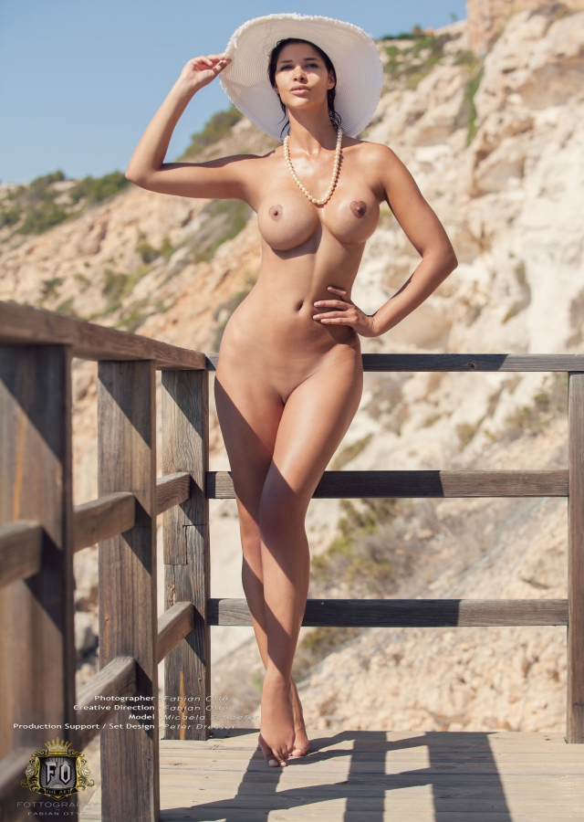 Micaela Schäfer Nackt. Fotografie - 41