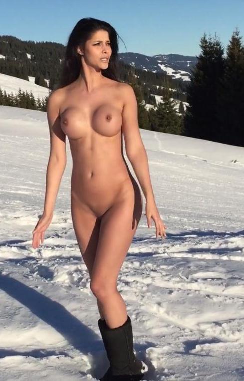 Micaela Schäfer Nackt. Fotografie - 6