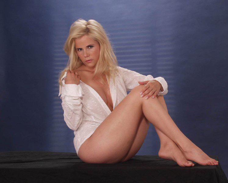 Михаэла Шаффрат (Gina Wild) голая. Фото - 57