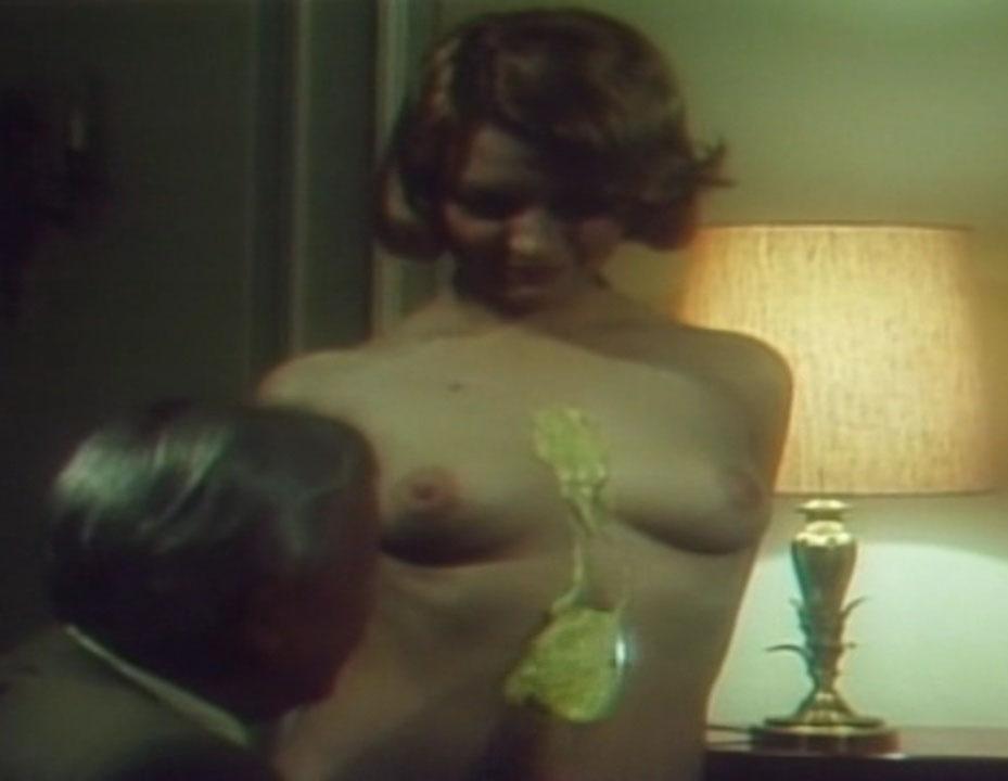 Мишель д'Агро голая. Фото - 6