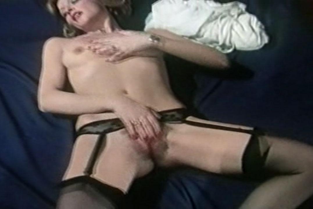 Мишель д'Агро голая. Фото - 9