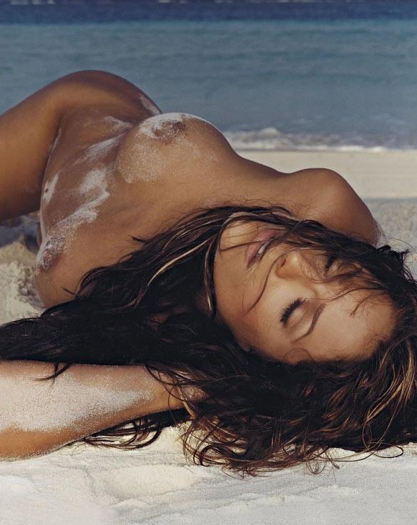 Мишель (Таня Хьюер) голая. Фото - 1