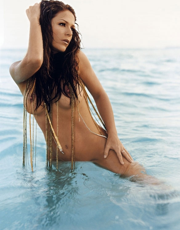 Мишель (Таня Хьюер) голая. Фото - 13