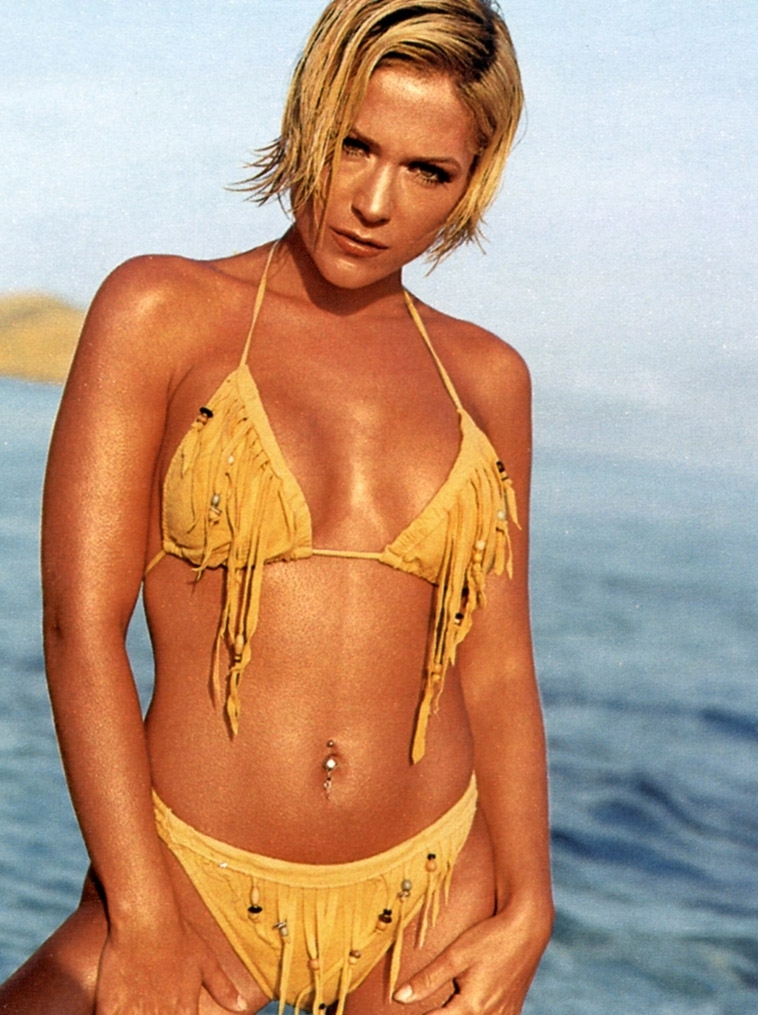 Мишель (Таня Хьюер) голая. Фото - 21