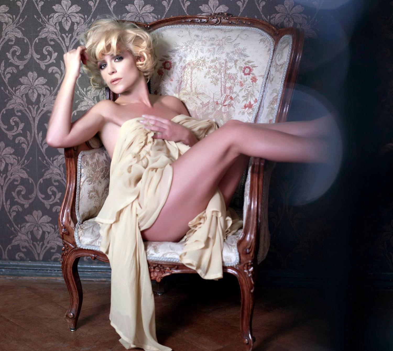 Мишель (Таня Хьюер) голая. Фото - 22