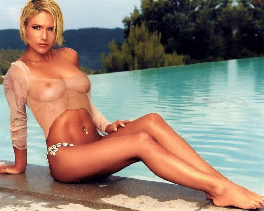 Мишель (Таня Хьюер) голая. Фото - 35