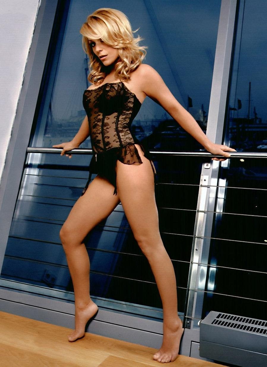 Мишель (Таня Хьюер) голая. Фото - 37