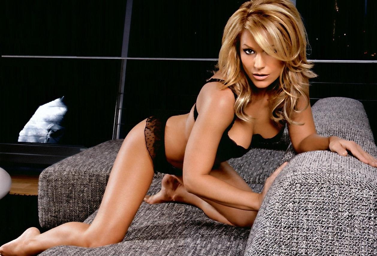 Мишель (Таня Хьюер) голая. Фото - 51