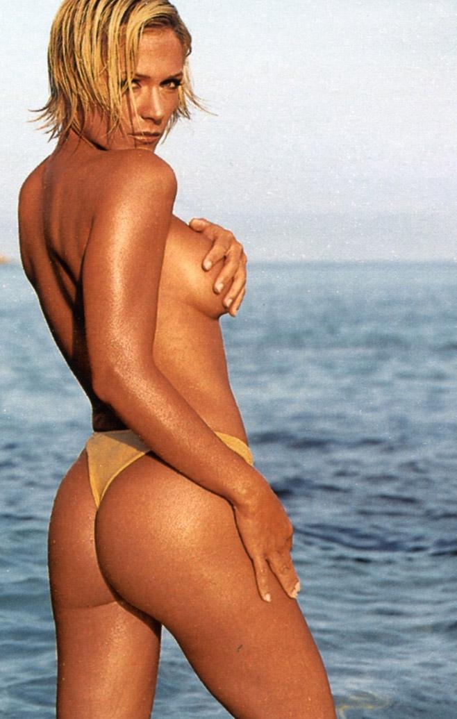 Мишель (Таня Хьюер) голая. Фото - 6