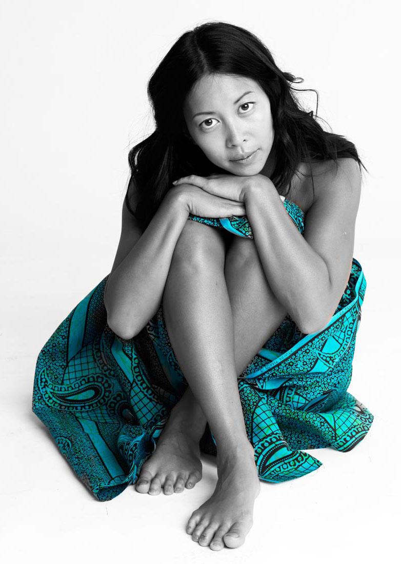 Мин-Хай Фэн-Тхи голая. Фото - 1
