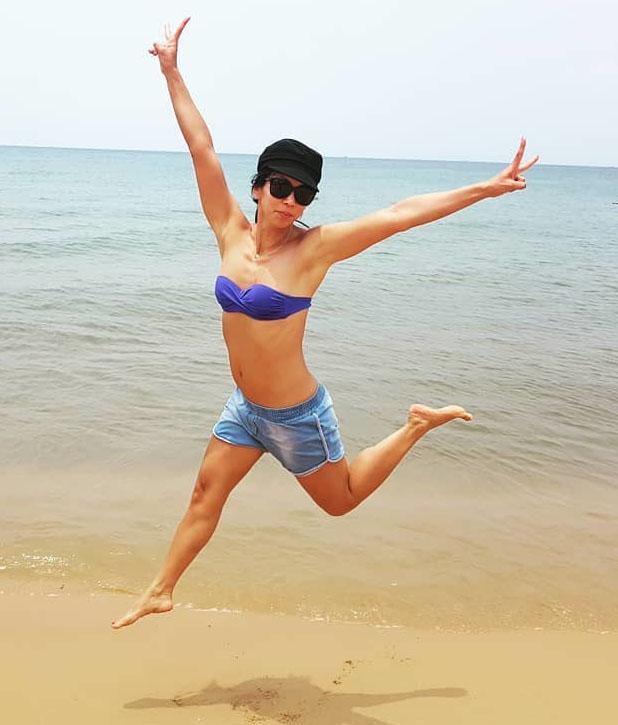 Мин-Хай Фэн-Тхи голая. Фото - 7