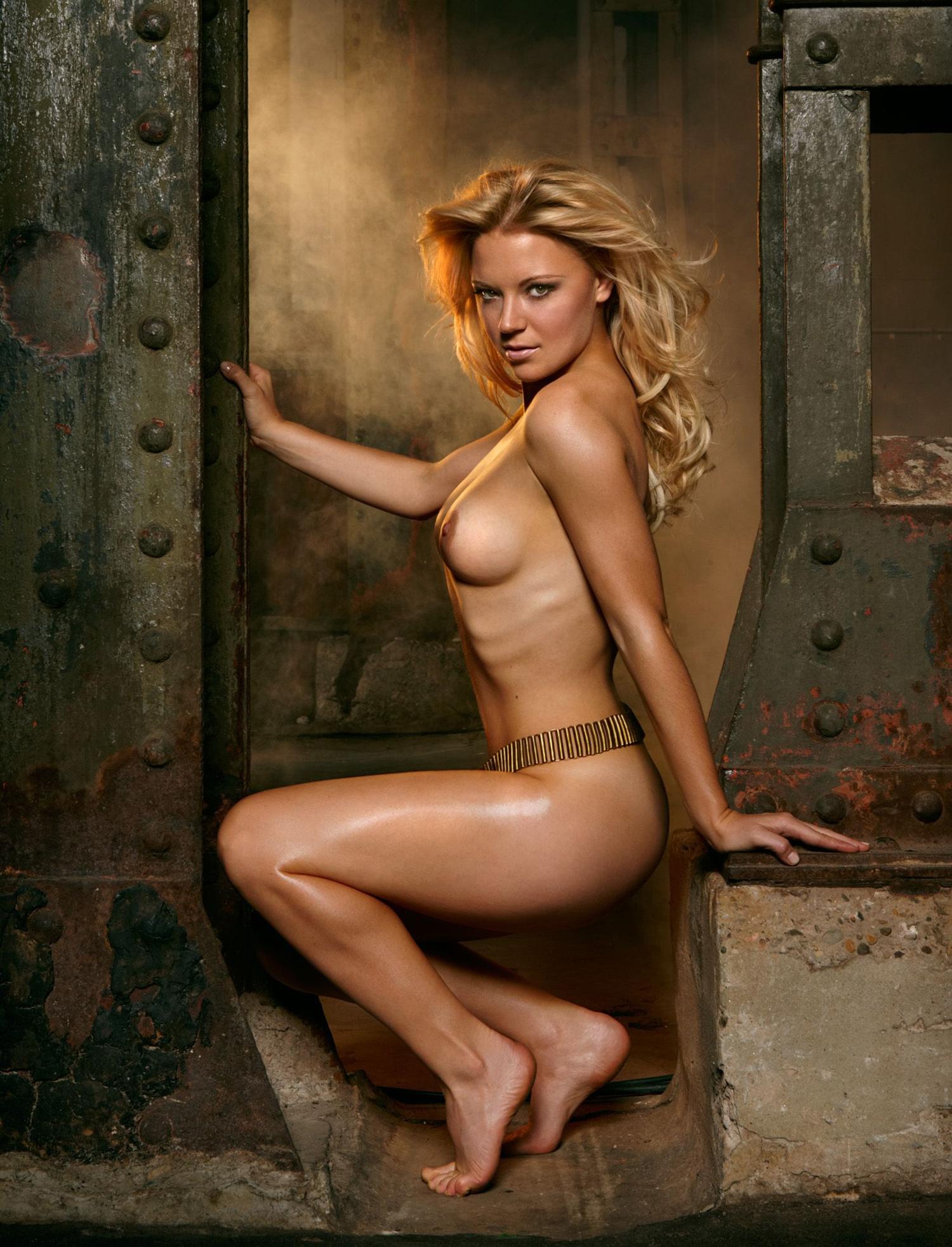 Мириам Гёсснер голая. Фото - 11