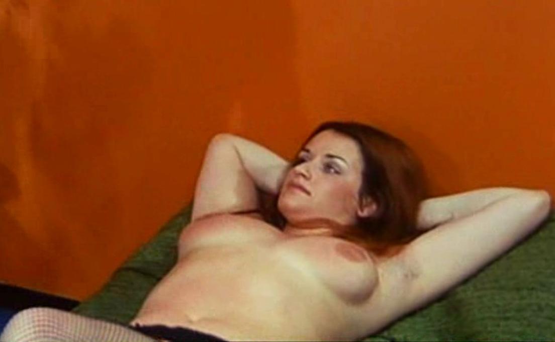 Надинде Ранго голая. Фото - 11