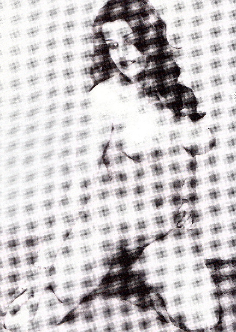 Надинде Ранго голая. Фото - 13