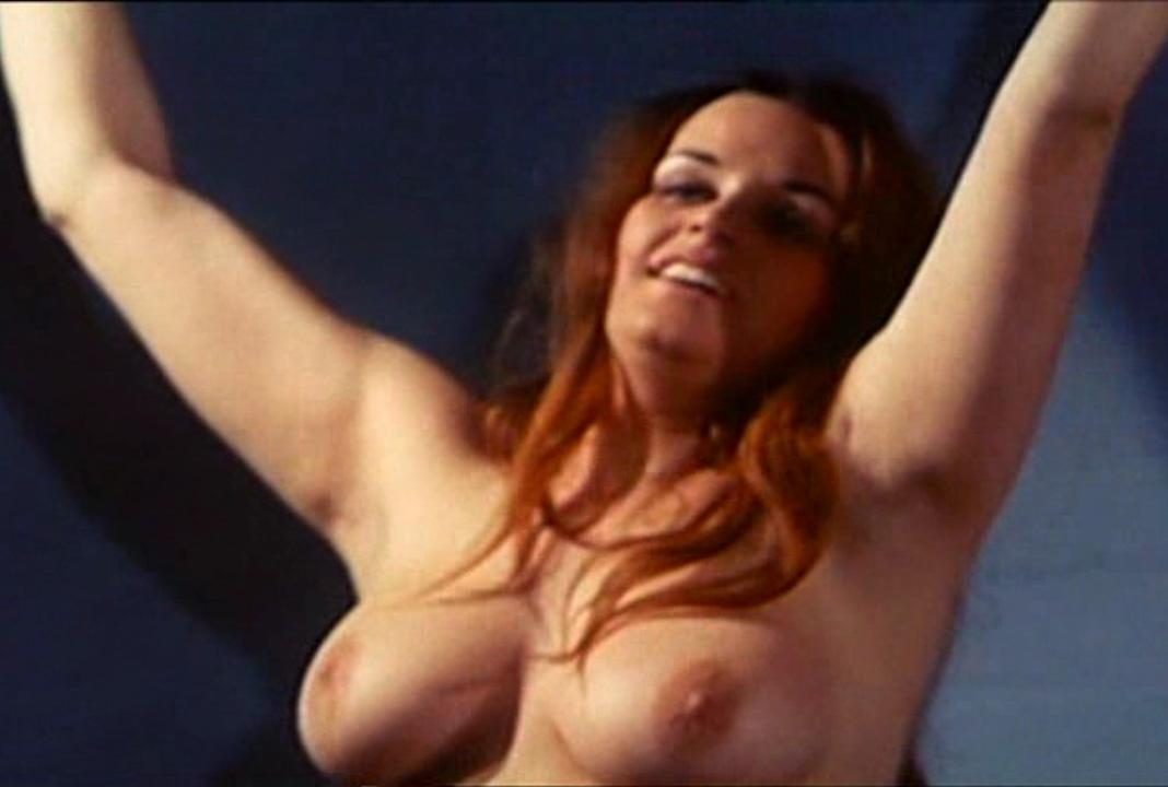 Надинде Ранго голая. Фото - 32