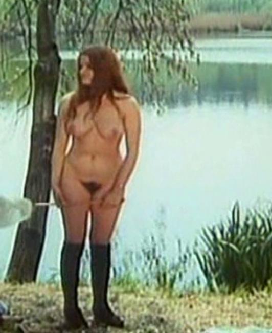 Надинде Ранго голая. Фото - 51