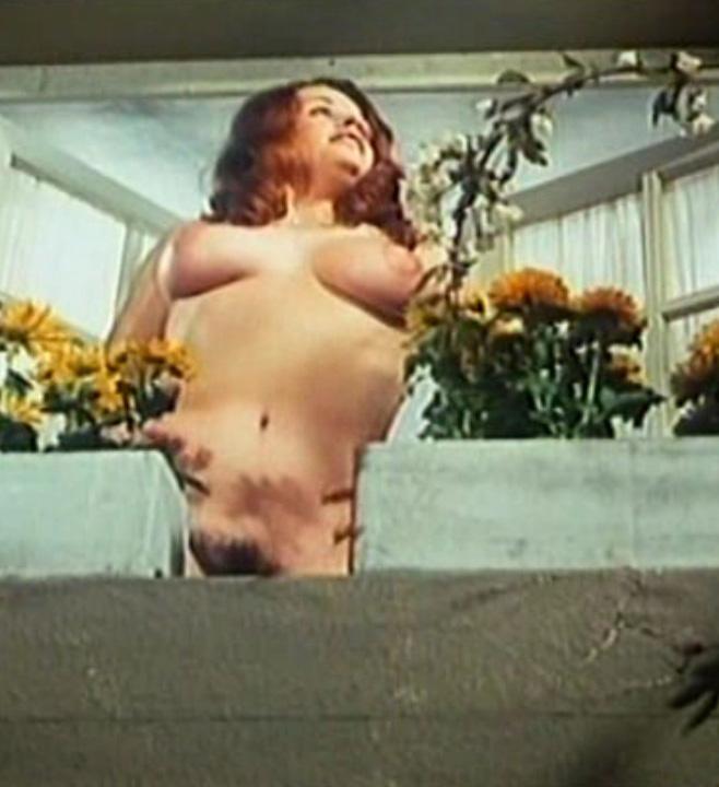 Надинде Ранго голая. Фото - 8