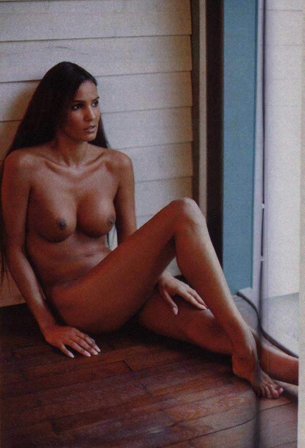 Надя Абдель Фарраг голая. Фото - 9