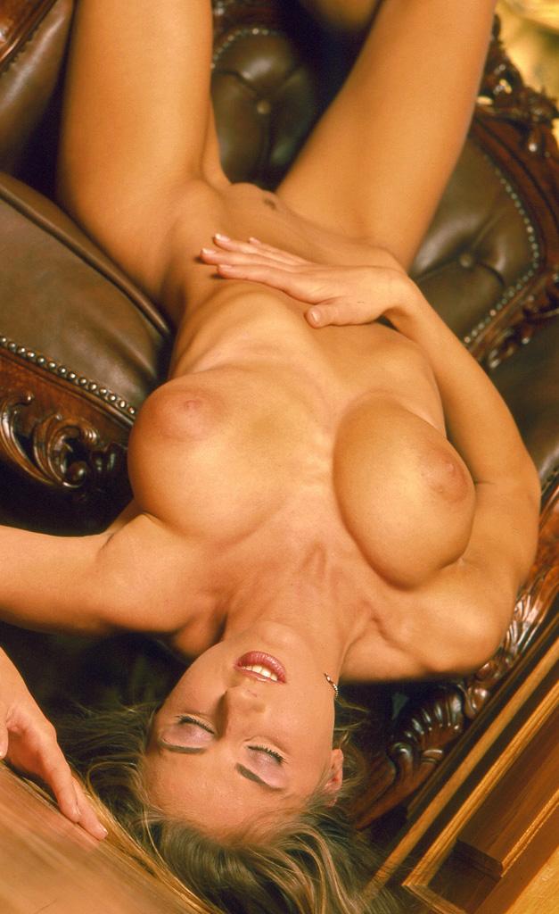 Натали Лангер голая. Фото - 10