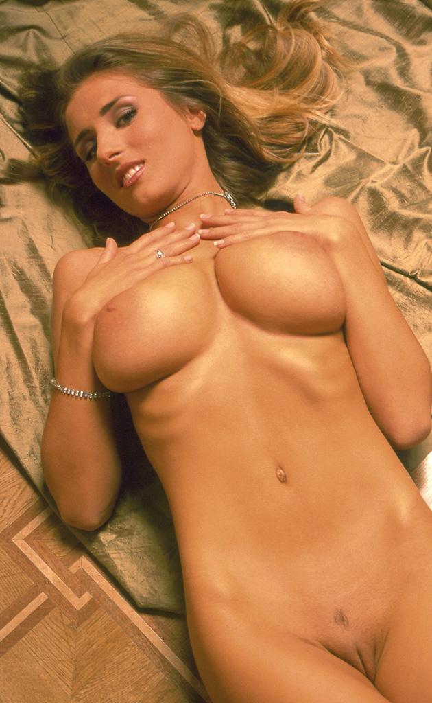 Натали Лангер голая. Фото - 11