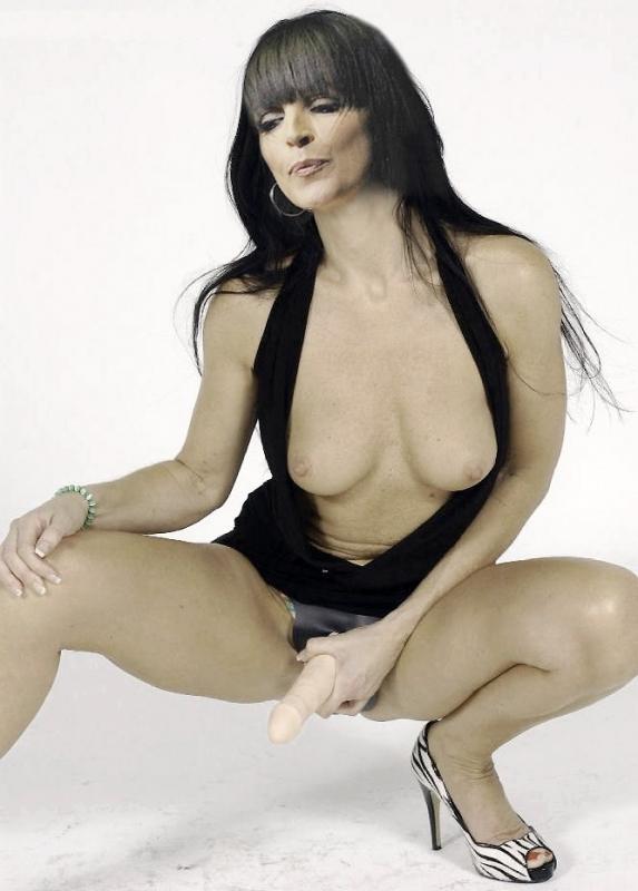 Voluptuous sexy naked nena pornostars