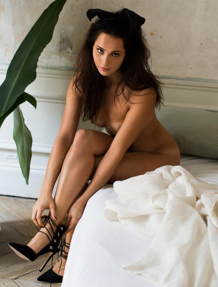 Nicole Mieth nahá. Fotka - 13