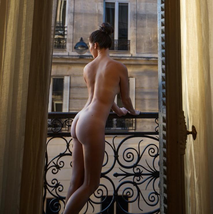 Nicole Mieth nahá. Fotka - 6