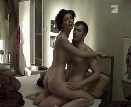 Нина Ботт голая. Фото - 4